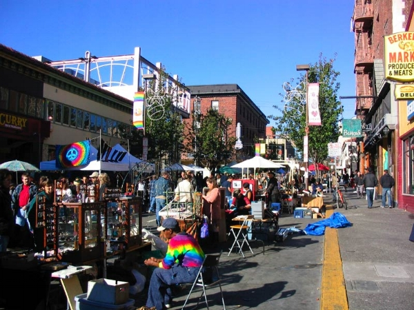 Telegraph Avenue Street Fair. Berkeley, CA. Photo via  Wikimedia Commons .