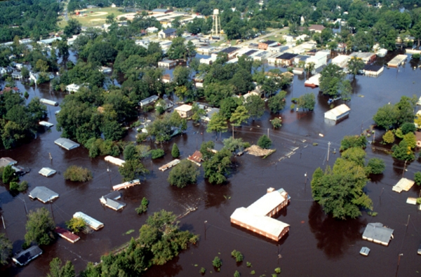 Aerial photograph of inland flooding caused by Hurricane Floyd.   Photo by J. Jordan,  U.S. Army Corps of Engineers .
