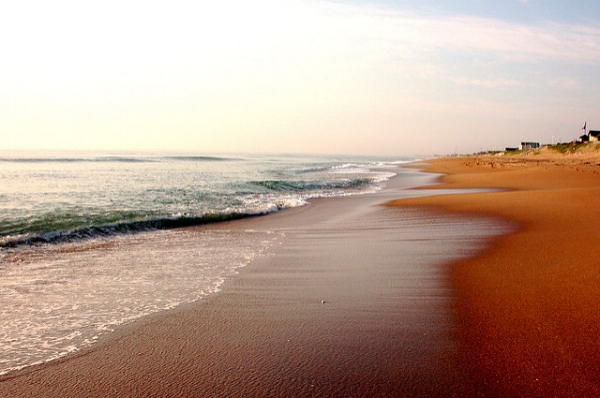 Southern Shores, NC. Photo by Jeff Kubina via  Flickr .