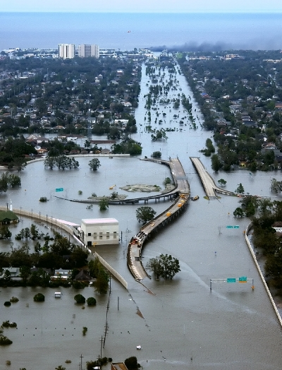 Aftermath of Hurricane Katrina, I-10/I-610 Interchange. Photo by the  U.S. Coast Guard .