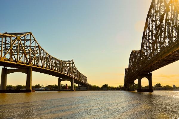 Twin Bridges, Morgan City, LA. Photo by faungg via  Flickr .
