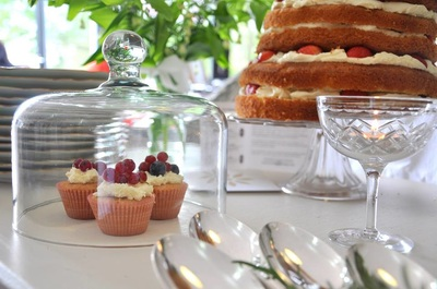 wedding stylist - cake table