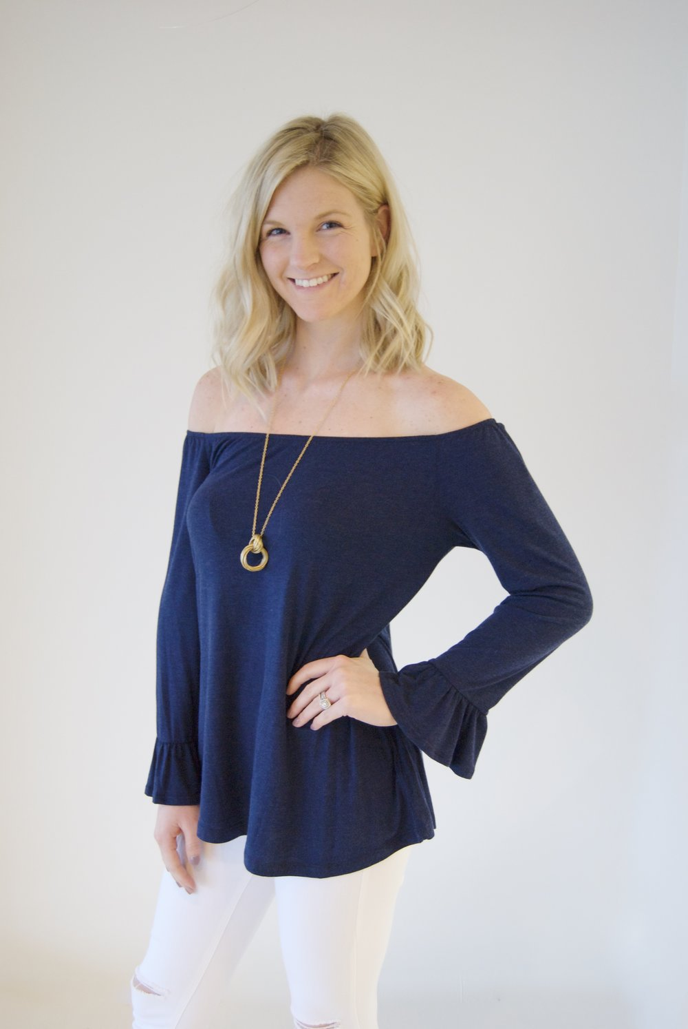 classicstyle - shop tops