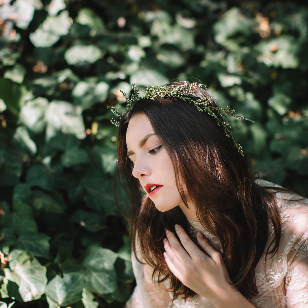 AMY HUNG PHOTOGRAPHY. H AND M AND STYLING BY ALYSSA KOMPELIEN