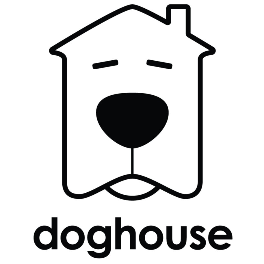 Doghouse Portraits | Seattle Best Dog Photography