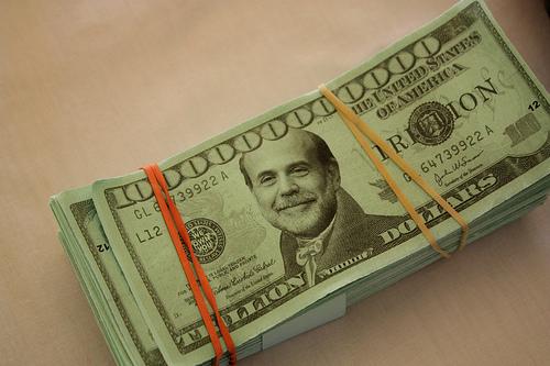 Bernanke-dollars.jpg