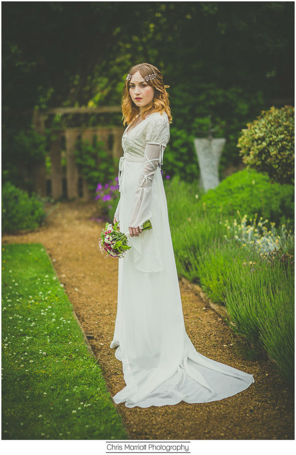 blossom-and-belle-bridal-wear-image-chris-marriot-photography-17