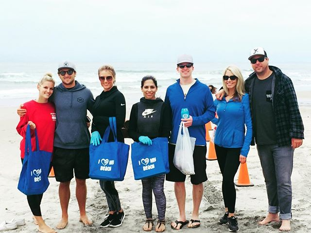 As part of our monthly commitment to volunteer in the community we love, our team closed out last weekend picking up trash with @Surfrider Foundation at Moonlight Beach in Encinitas. What is your favorite cause to support?