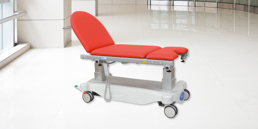 DIVIA MIXTE 70 – DIVIA MIXTE 80 - DIVIA is a height-adjustableexamination couch,on electrical mounts. It has a second intermediate electric-operated backrest,for gynaecological examinations.click here for the online brochureclick here for the range of colours