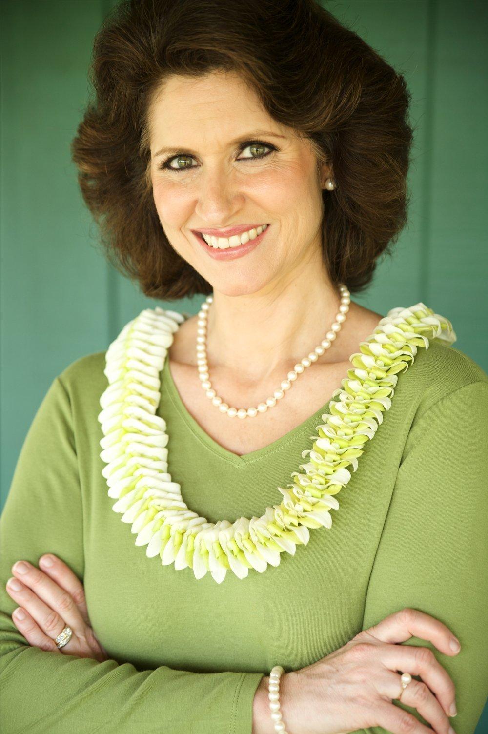 Sue Photo (Green).JPG