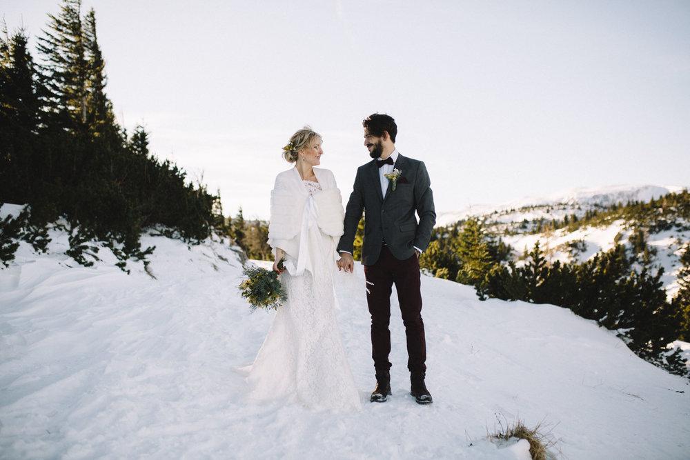 Moutain Winter Wedding-29.jpg