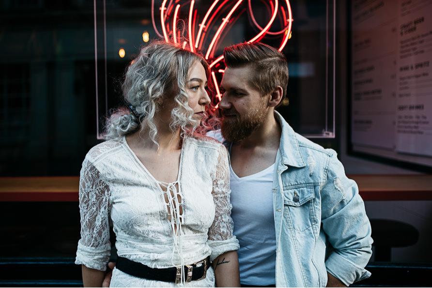 urban_boho_engagement_couple_photoshoot_London-04.jpg