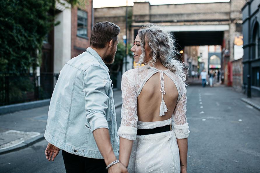 urban_boho_engagement_couple_photoshoot_London-12.jpg