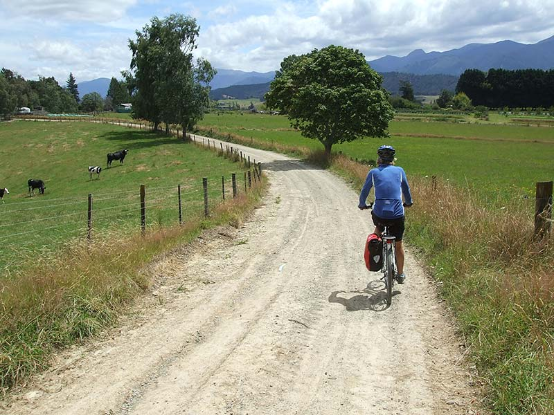 coastal-classic-cycle-tours-farmland.jpg
