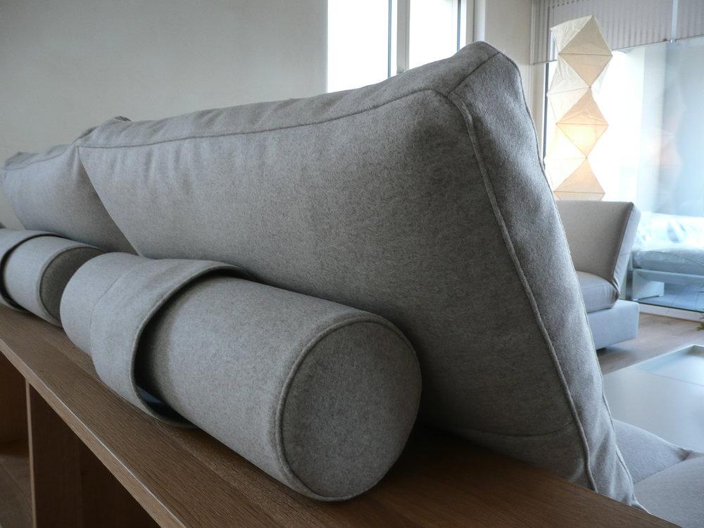 bd-innenarchiektur-barbara-dimmig-Eifel-Badezimmer-Wohnzimmer-Couch