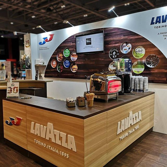 The @jj_food_service & @lavazzauk stand at the #casualdiningshow is looking very smart & ready to go for the #show today & tomorrow! #creatingadesigndifference #Lavazza #CasualDiningShow #JJFoods #ExcelLondon