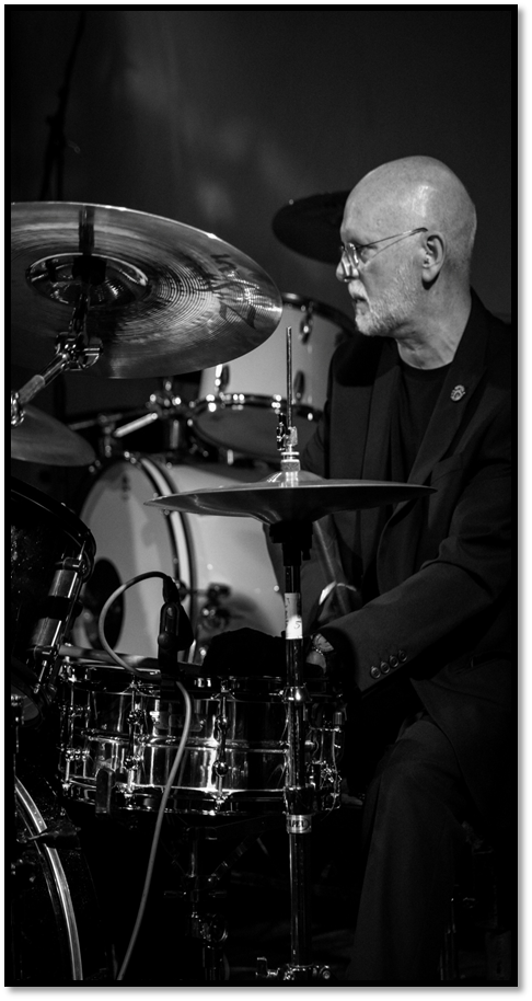 Alan Barwise - Alan Barwise was born on Merseyside where he started to take interest in music. Amongst other early forays into show business, he joined Nexus, a jazz fusion ensemble together with Garry Jones, one of the Argonaut bass players.In the early 1970s, Alan attended college in Reading where he met Mic Dover, John Harries and Alan Clayson. He played with these long time friends in various combinations and upon leaving college, he joined the Argonauts in 1977. He has played with them on and off ever since.      Alan has also played with the Aldbrickham Band, Kick Shins, Jive Alive, Kindred Spirit, Callisto and the Nina Lane Band.      Alan is a fan of many drummers including Dave Mattacks, Gerry Conway, Steve Gadd, Jim Keltner and Gavin Harrison. He plays Yamaha drums and Zildjian cymbals.