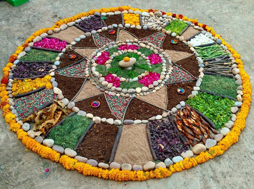 Floor Mandala - Use nature to fashion and construct a giant, beautiful floor mandala of fruit, vegetables, flowers, plants, and more!