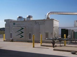DFC300 fuel cell -- FCE 9-28-06 012.jpg