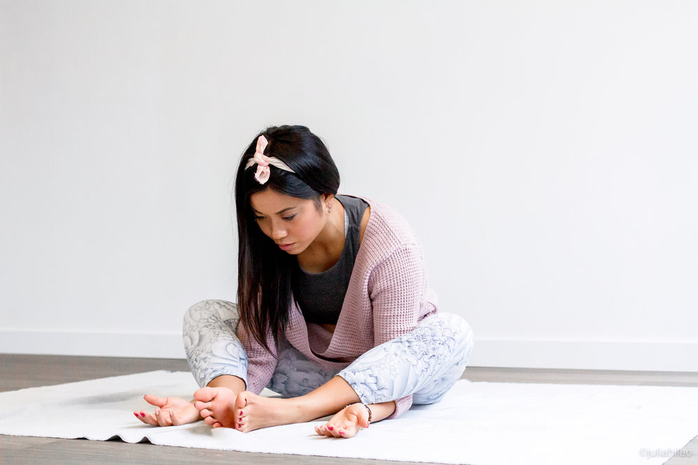100HR YIN YOGA & MEDITATION - Complimentary to your favourite Yang-style yoga practice, this 60 or 75-minute class allows you to ease into tension by allowing longer holds of poses at the joints.Beneficial for injury rehabilitation, prevention, and stress therapy.