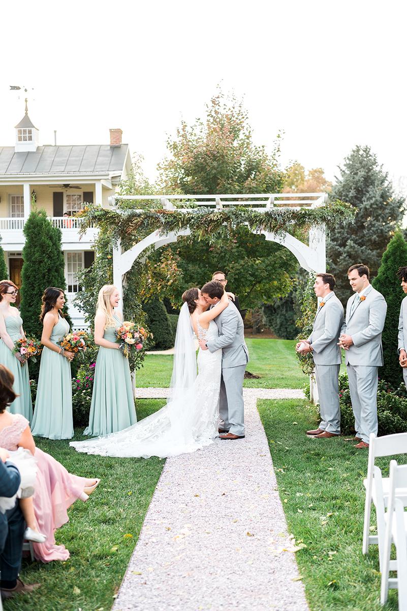 Colorful-Fall-Wedding-DC-Photographer-108.jpg