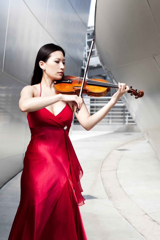 Michelle Kim - Violin