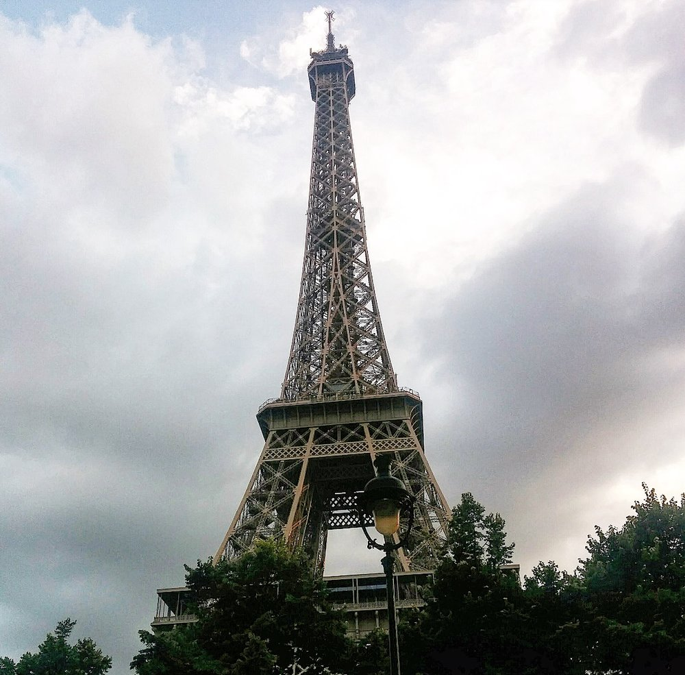 Eiffel Tower close-up.jpg