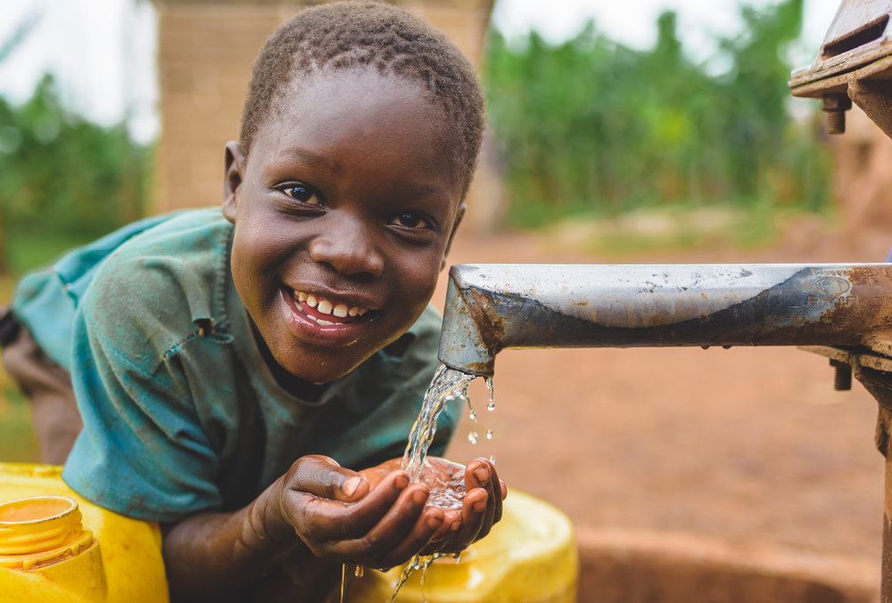 Wells In Africa - Water for Life - Humanitarian Photographer