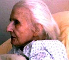 A photograph reportedly of Léa Papin as an old woman
