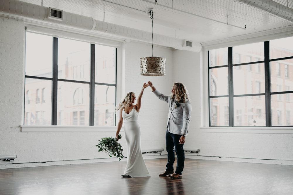 Loft-310-Wedding-Photos5.jpg
