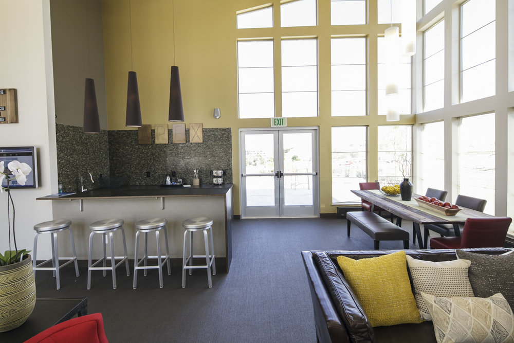 Apex_Resident Lounge_17.jpg