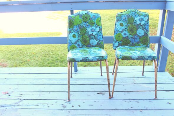 $8 Retro Floral Printed Chairs // Lydia Lois - Lifestyle Blogger