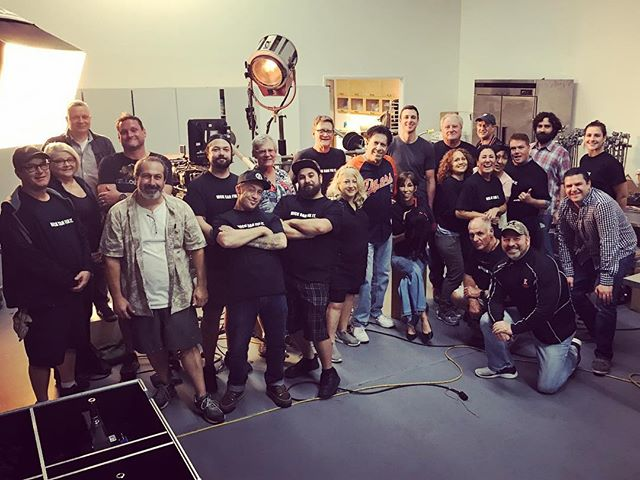 Wrapping up our shoot for @littlecaesars with this awesome team!!! . . . #BjoinFilms #LittleCaesars #thatsawrap #NickCanFixIt #setlife #productioncompany #crew #tabletop #foodcommercial #advertising #foodadvertising #weshootfood #losangeles