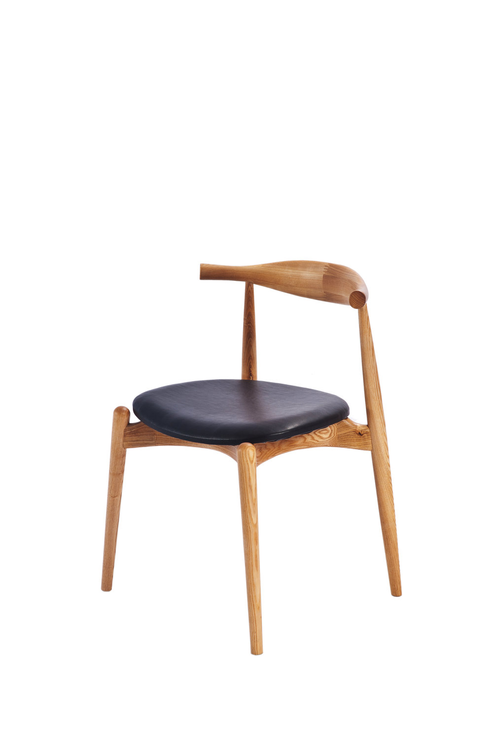 hans wegner style elbow oak chair with round black leather seat