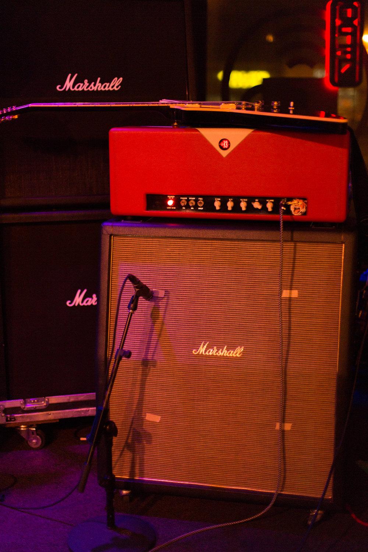 guitar amp cab.jpg