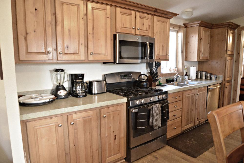 Hooch Kitchen.JPG