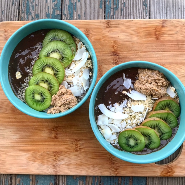 Kiwi Smoothie Bowl.JPG