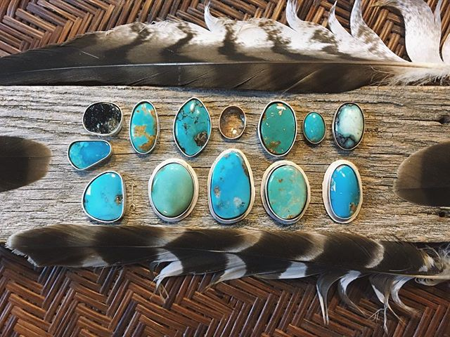 More rings and new pendant necklaces on the way! American turquoise and variscite and some really special Oregon Sunstone✨#turquoisetuesday
