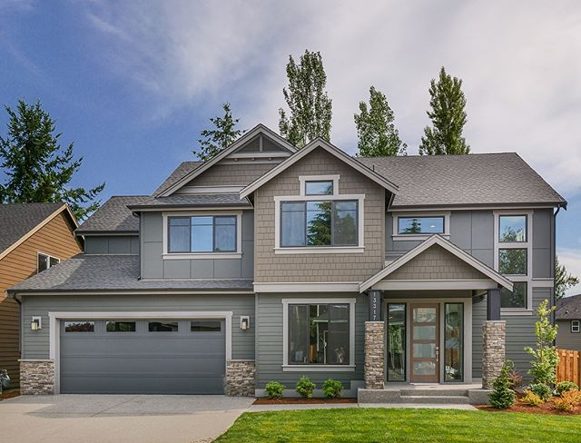 "GRAND OPENING!  Join us this Saturday June 23rd from 12-4pm for the grand opening event at our new Kent community, Lake Ridge. Come grab a cup of coffee and preview our newly furnished model home.  12 Homesites available. ""Come See the Difference!"" Address: 13317 Se 261st Place Kent, Wa 98042  Tag your friends below and we hope to see you there!"