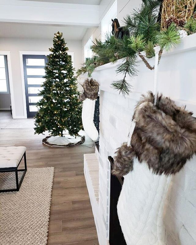 Come check out how your new home looks decorated for the holidays! We dressed up all 3 of our models for the season and they'll be open 12-4pm on Sunday. See you there!