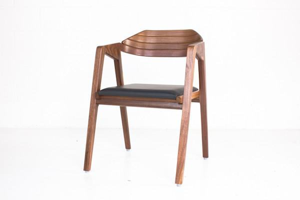 GAMLA_S2_Dining_Chair_Walnut-16_2048x2048.jpg