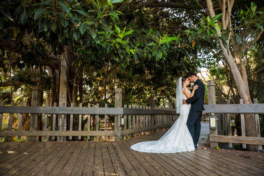 0003St_Angnes_Point_Loma_Wedding_Photographer.jpg