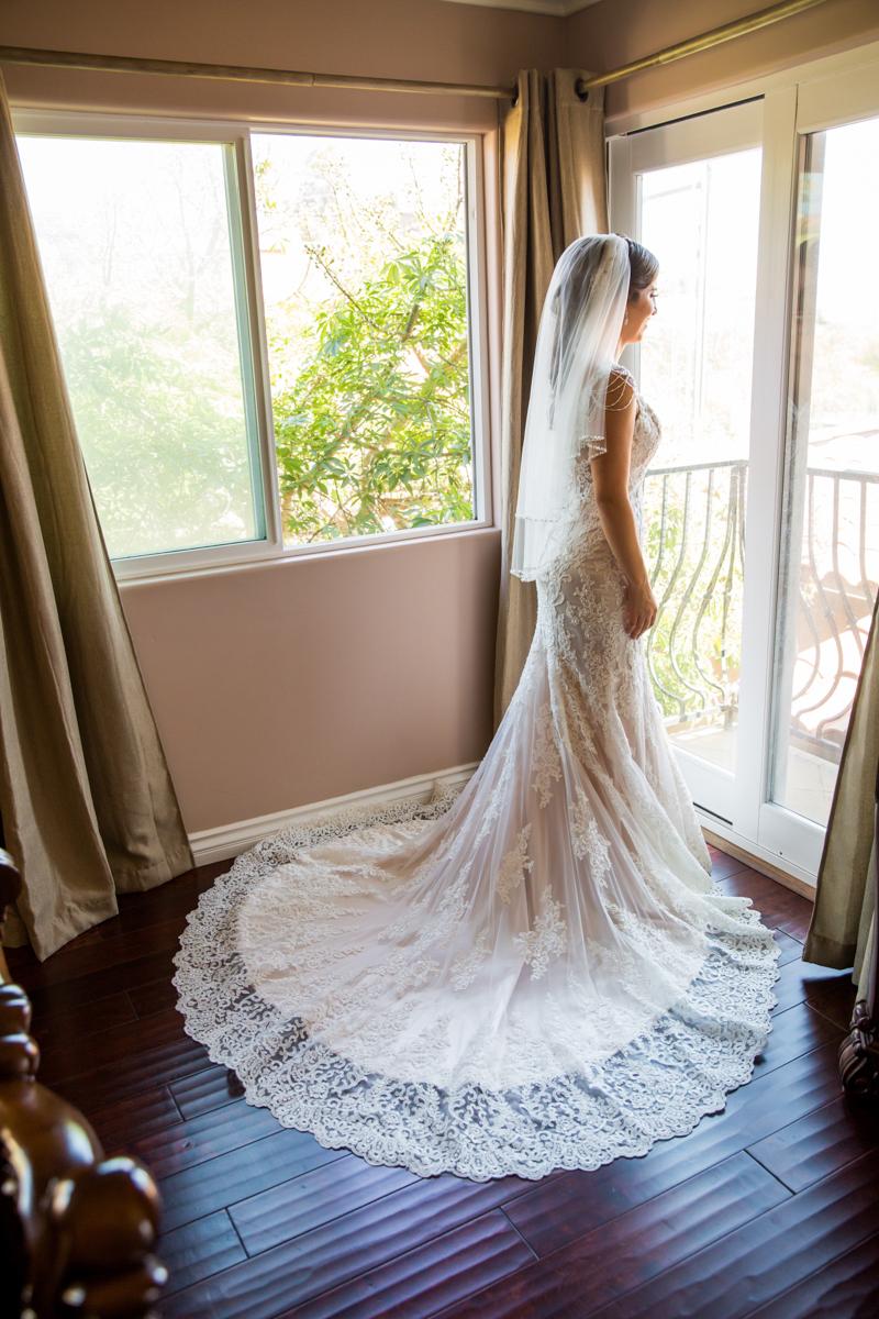 0006St_Angnes_Point_Loma_Wedding_Photographer.jpg