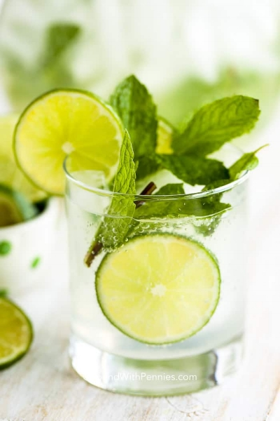 If you're a rum lover then, classic mojito is a great choice! Start by muddling 12 fresh mint leaves, juice of 1/2 a lime, tablespoon of simple syrup in a glass. Over that mixture, add a shot of rum and six ounces of seltzer for some fizz.