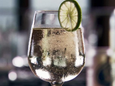 For my posh ladies, a simple wine spritzer is always appropriate for a good cool down. 3/4 glass of super chilled wine, 1/4 glass of super cold club soda, slice of lime to garnish.