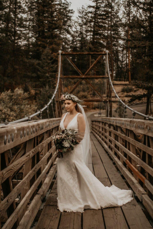 spokane river wedding photo shoot image10