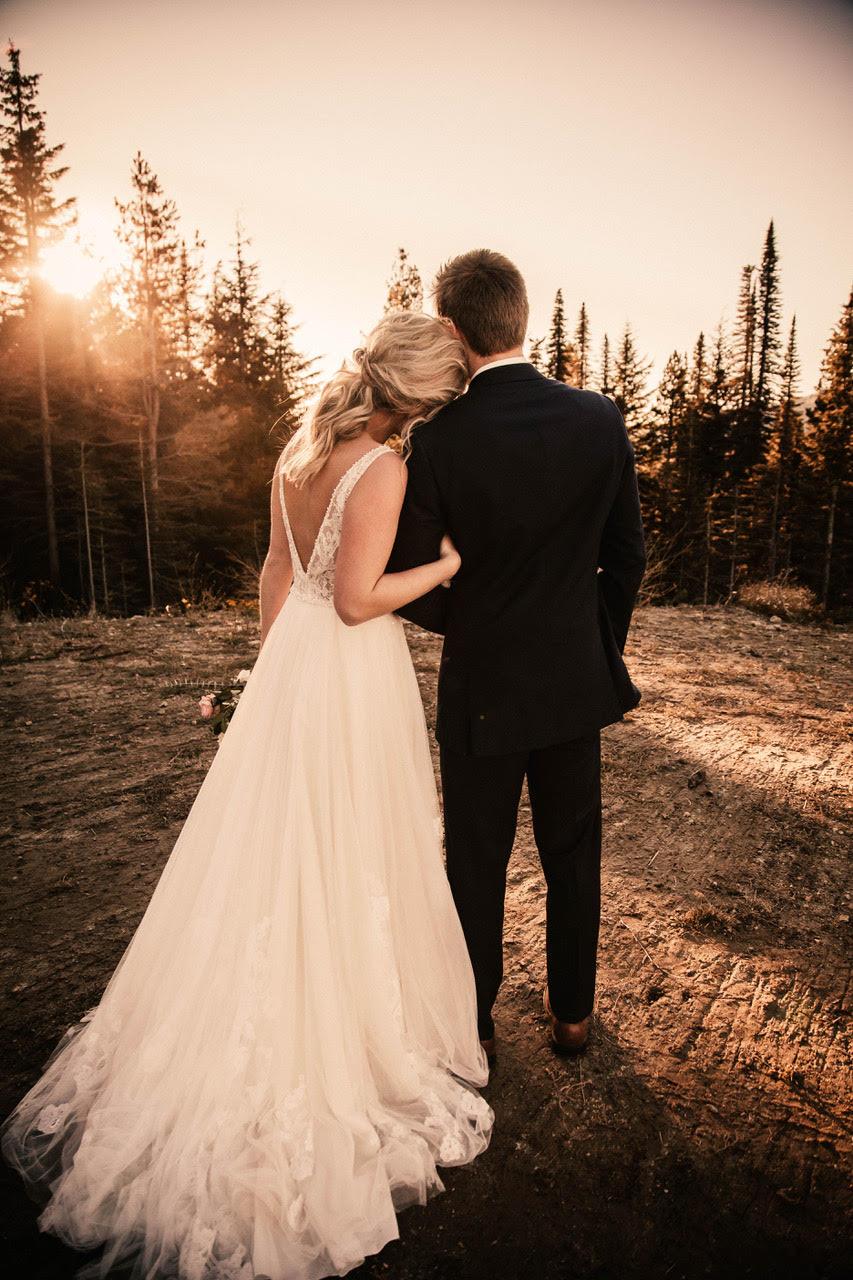back of wedding dress image spokane