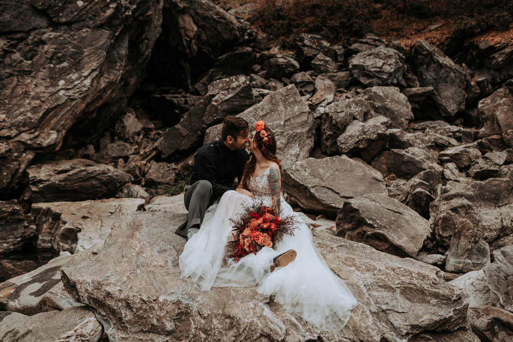 on the rocks spokane bridal shoot wedding dress fall Inso