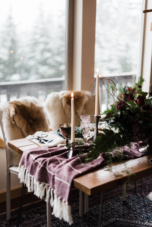 winter wedding spokane table