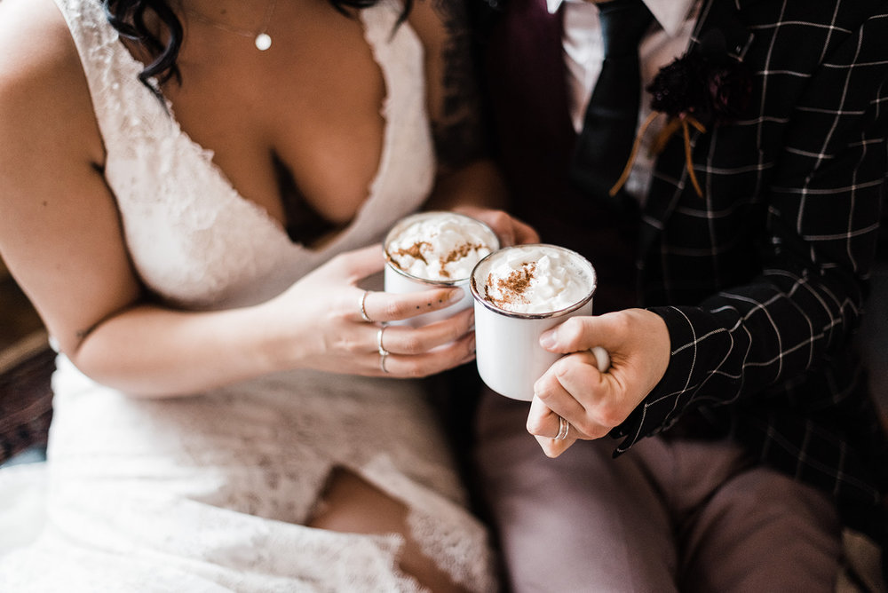 winter wedding spokane kiss hot chocolate